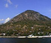 Куполообразная гора Кастель