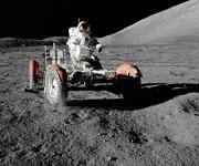 Луномобиль по добыче полезных ископаемых на Луне