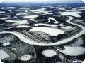 Зимний вид дельты реки Маккензи, Канада.
